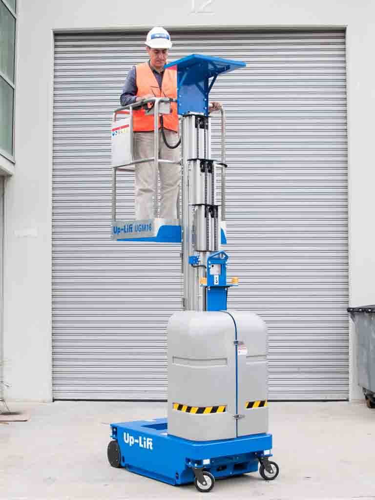 UGM vertical man lift